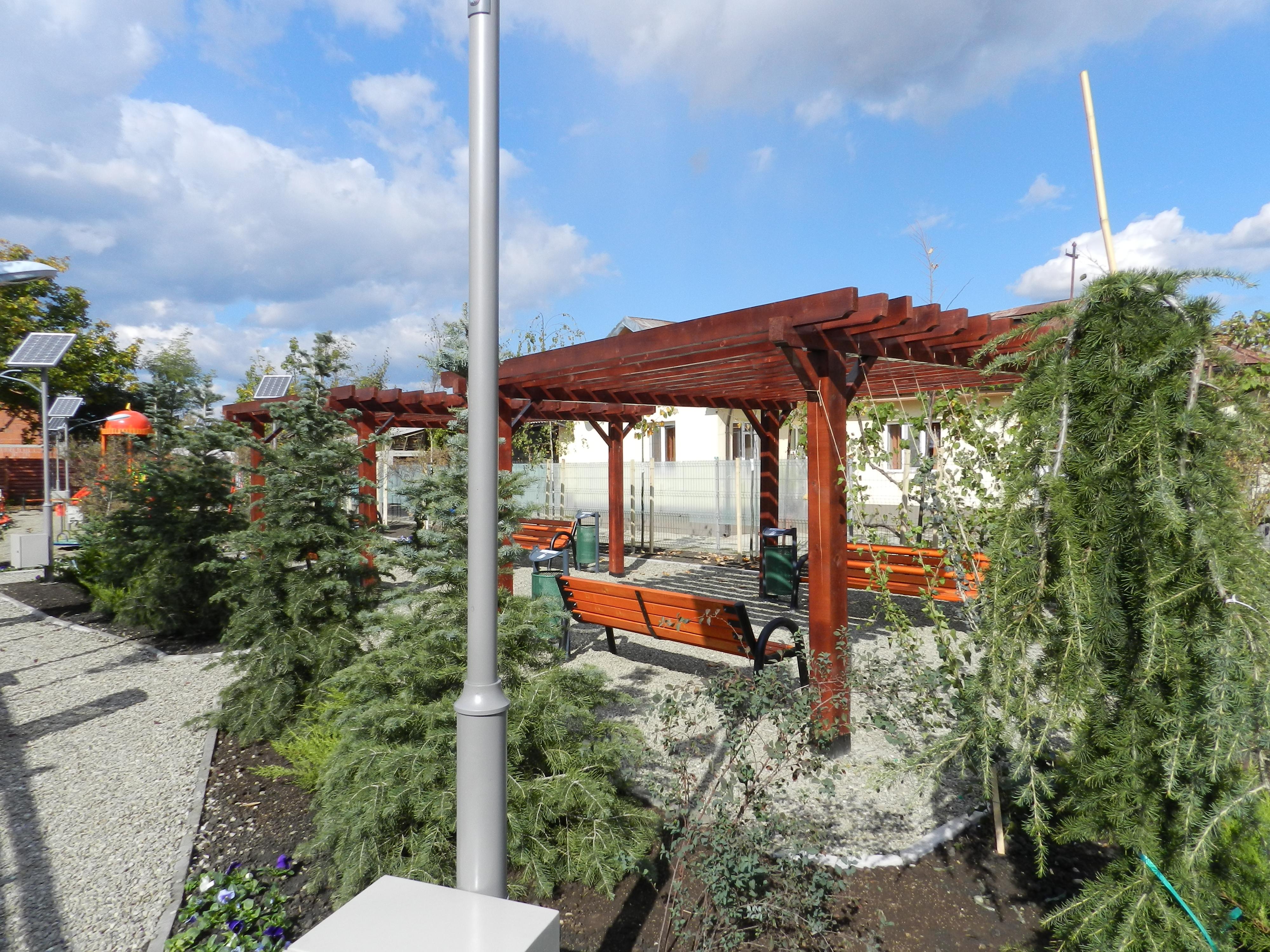 Proiectare ,amenajare,intretinere gradini si parcuri